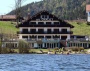 Hôtel Restaurant Le Chalet au Bord du Lac
