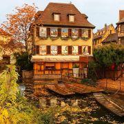 Promo Alsace en Automne Location avec Piscine 68000 Colmar 68420 Eguisheim Alsace du 24-09-2019 à 10:00 au 05-11-2019 à 23:00